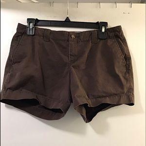 Gap low rise shorts size 6